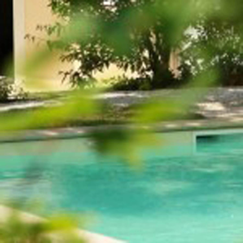 villasoccitanes les chênes jardin terrasse et piscine chauffée 8 m x 4 m