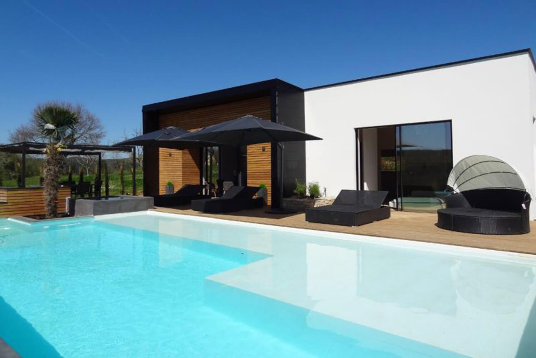 villasoccitanes villa d'èstève avec piscine chauffée et bain à bulles