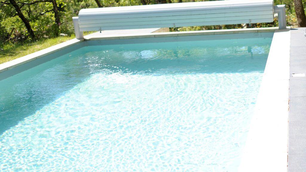 villasoccitanes les cayrous piscine 8 m x 4 m chauffée