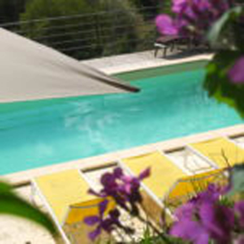 villasoccitanes les Buis piscine 8 m x 4 m plein Sud