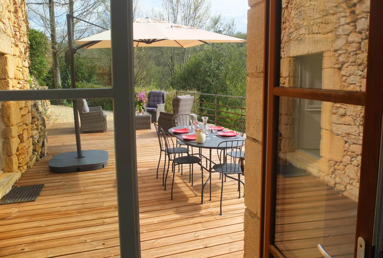 villasoccitanes les Buis terrasse , salon de jardin, salon détente