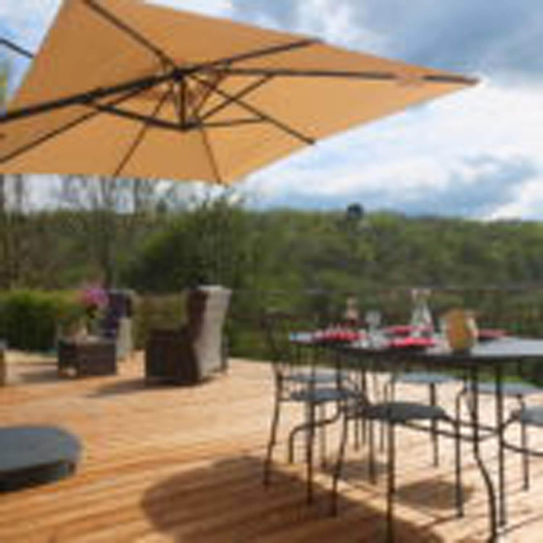 villasoccitanes les Buis terrasse plein sud avec vue sur la vallée
