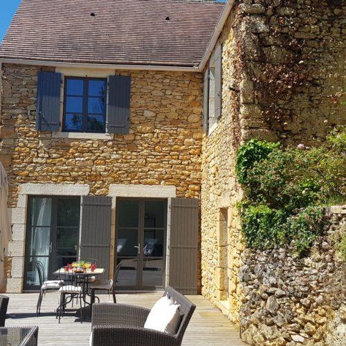 villasoccitanes terrassr/façade les Buis