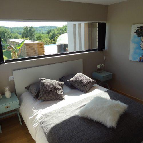 villasoccitanes estève chambre équipée d'un lit en 160